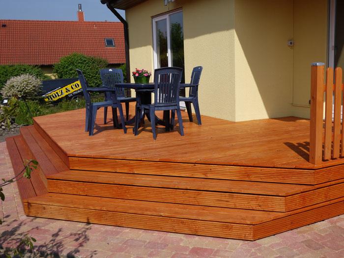 terrasse mit stufen heute wurden nun die ersten steine und bereits die ersten stufen verlegt. Black Bedroom Furniture Sets. Home Design Ideas